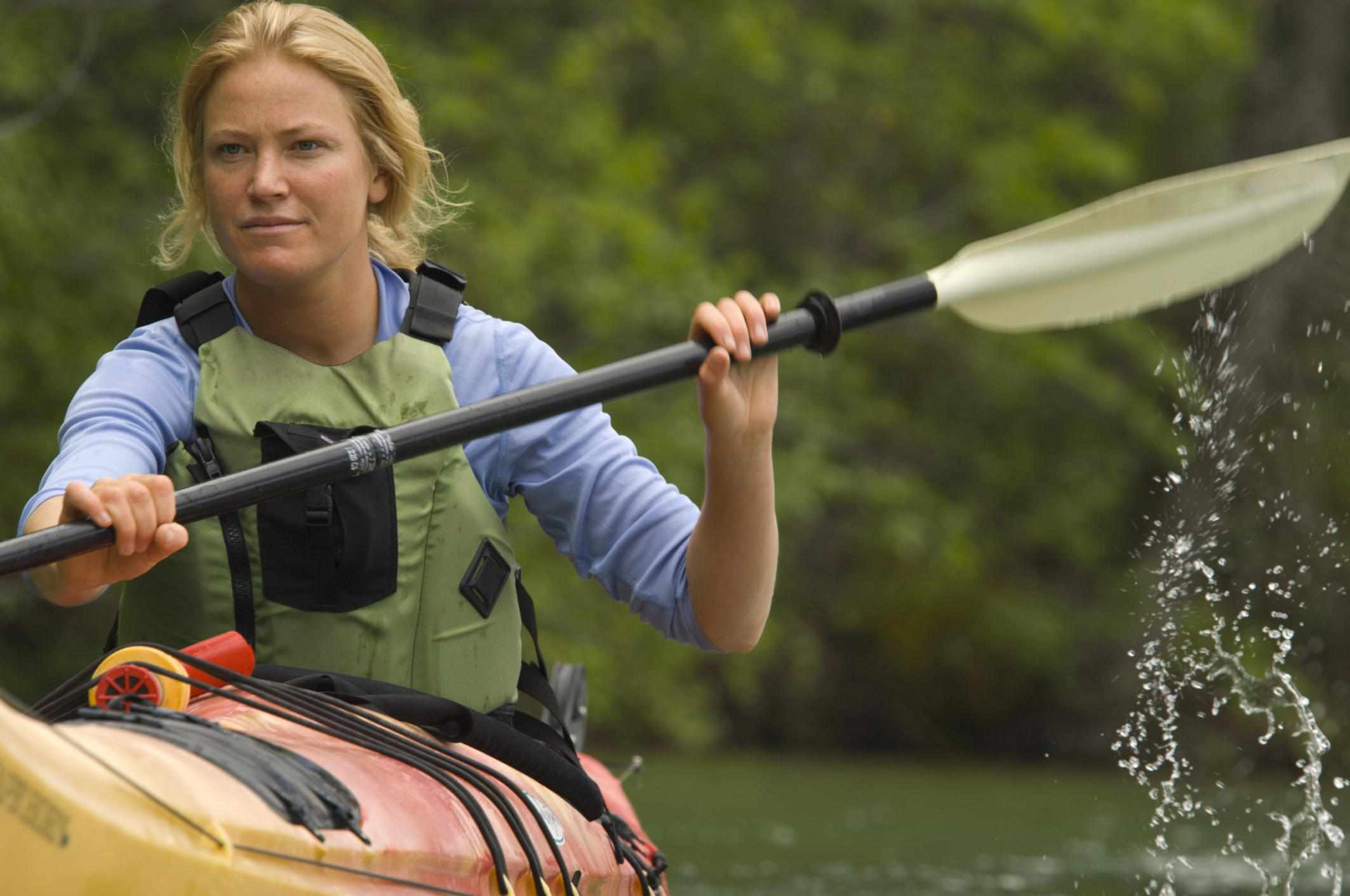 how to avoid muscle soreness from kayaking