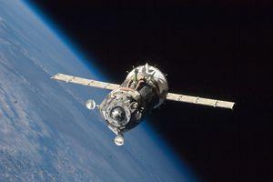 Soyuz TMA-19 space capsule in space