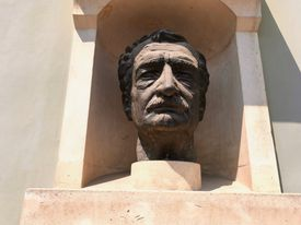 Hermann Oberth statue