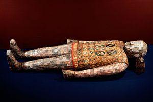 Jade Burial Suit of Princess Tou Wan