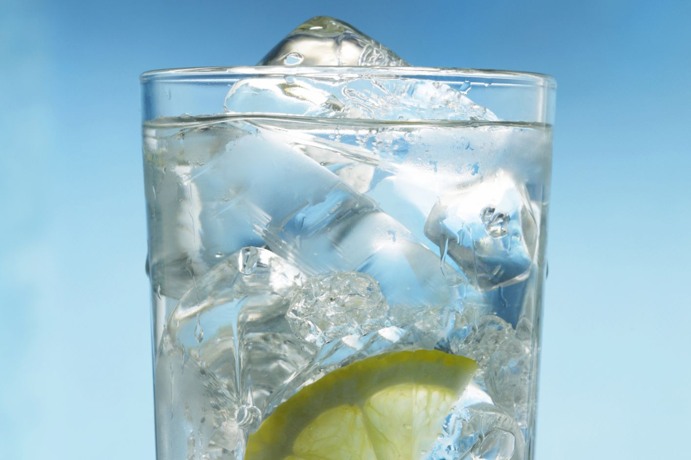 Ice in a glass of water