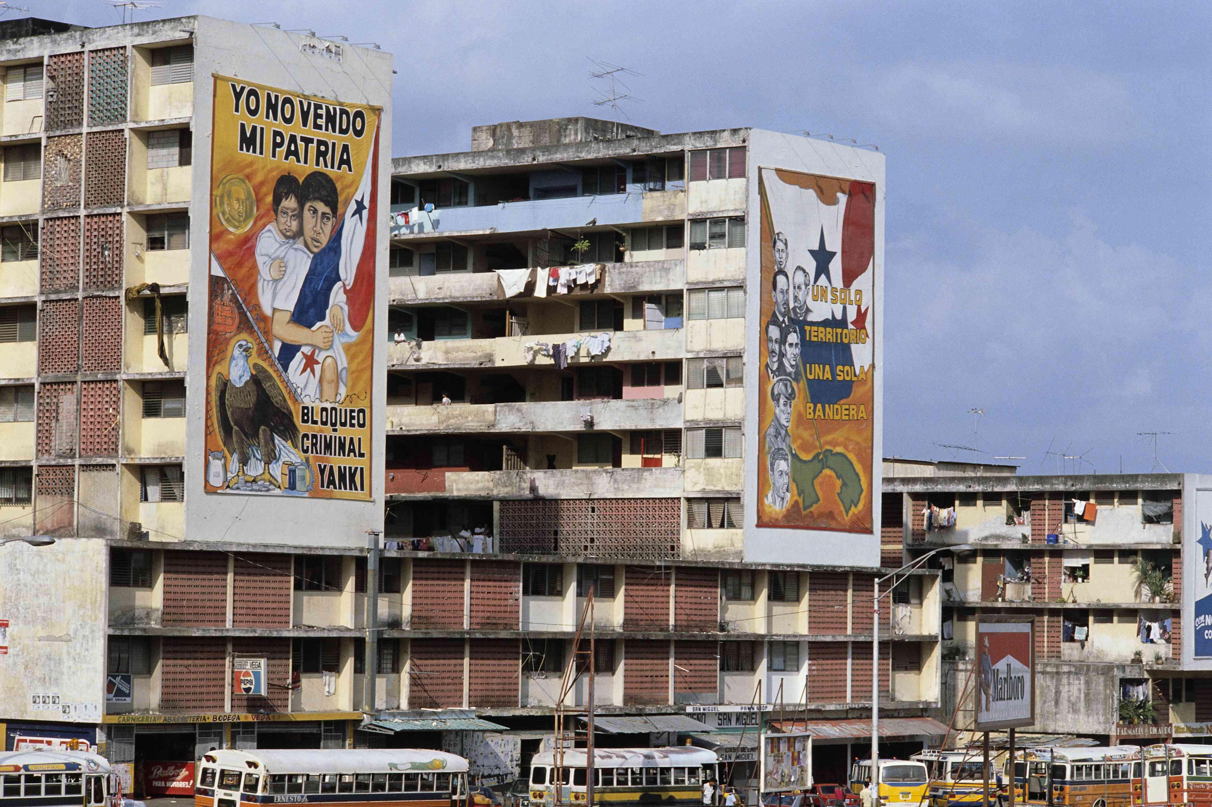 Patriotic, anti-American murals in Panama, 1988