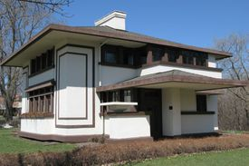 Picture of Stockman House Museum in Iowa, a Frank Lloyd Wright square house with trellis extensions