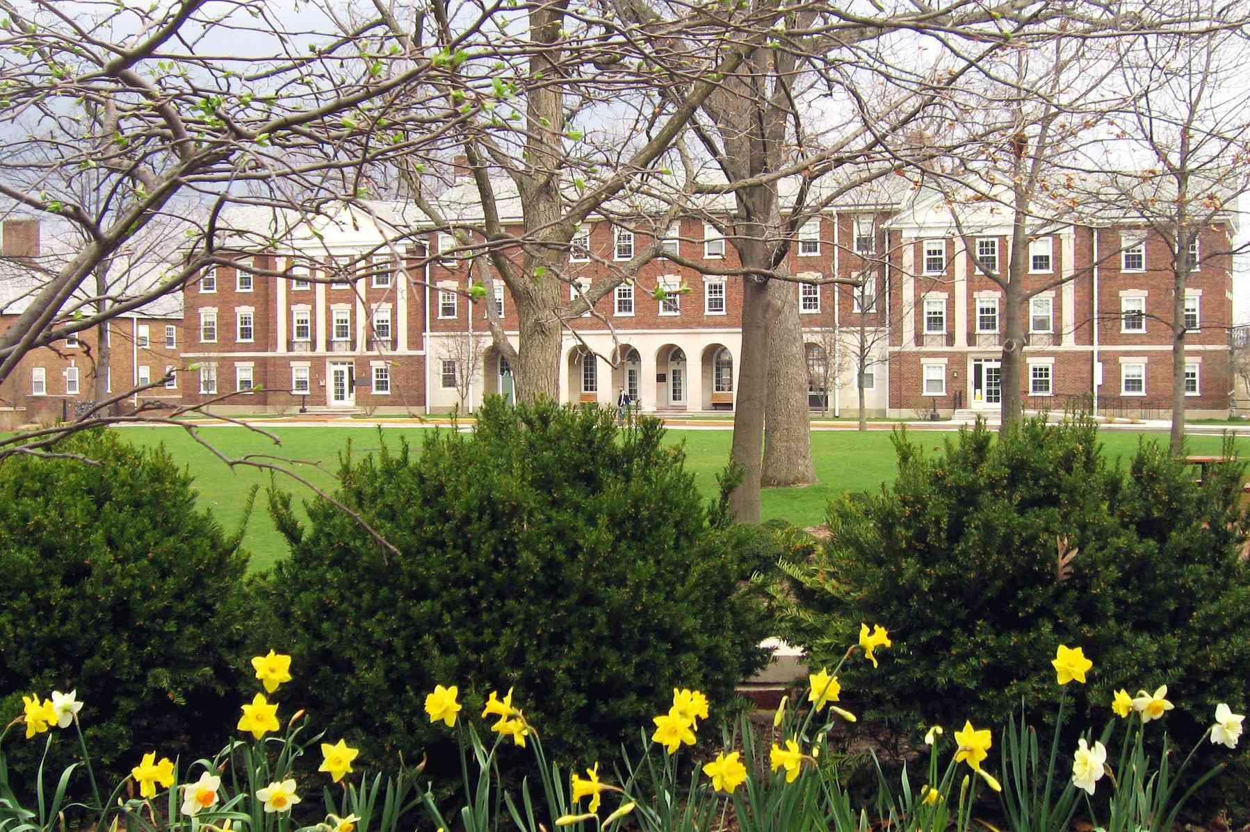 Hoben Hall at Kalamazoo College