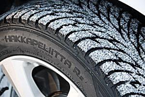 Nokian Hakkapeliitta R2 Snow Tire Review