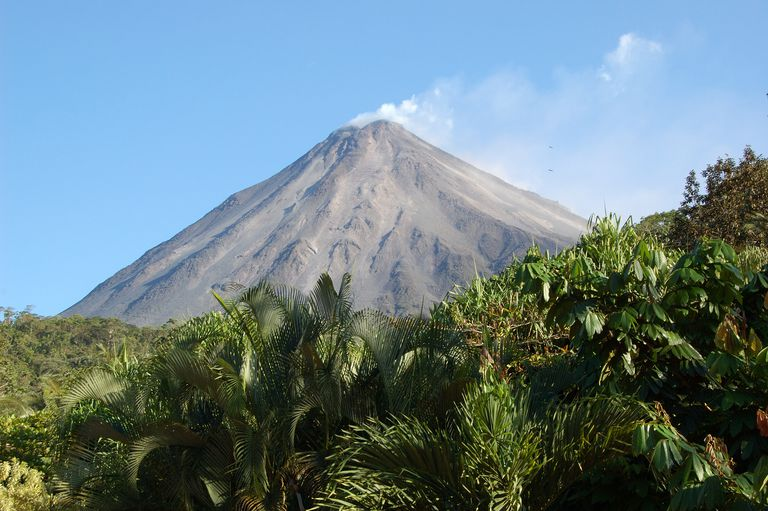 Volcano Arenal for Spanish lesson