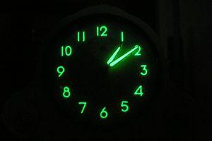 Luminescent clock dial