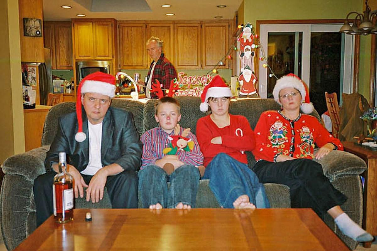 20 hilariously awkward family christmas photos