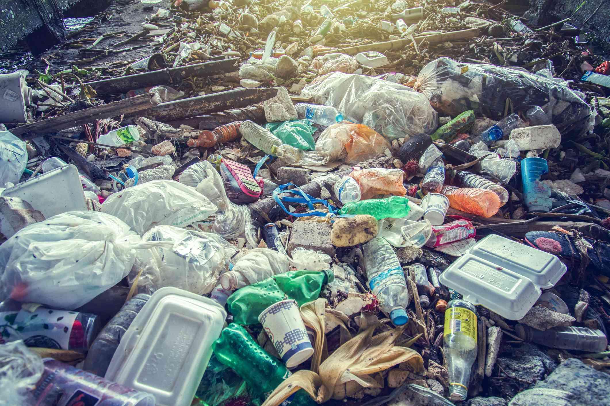 Garbage, pollution, Global warming