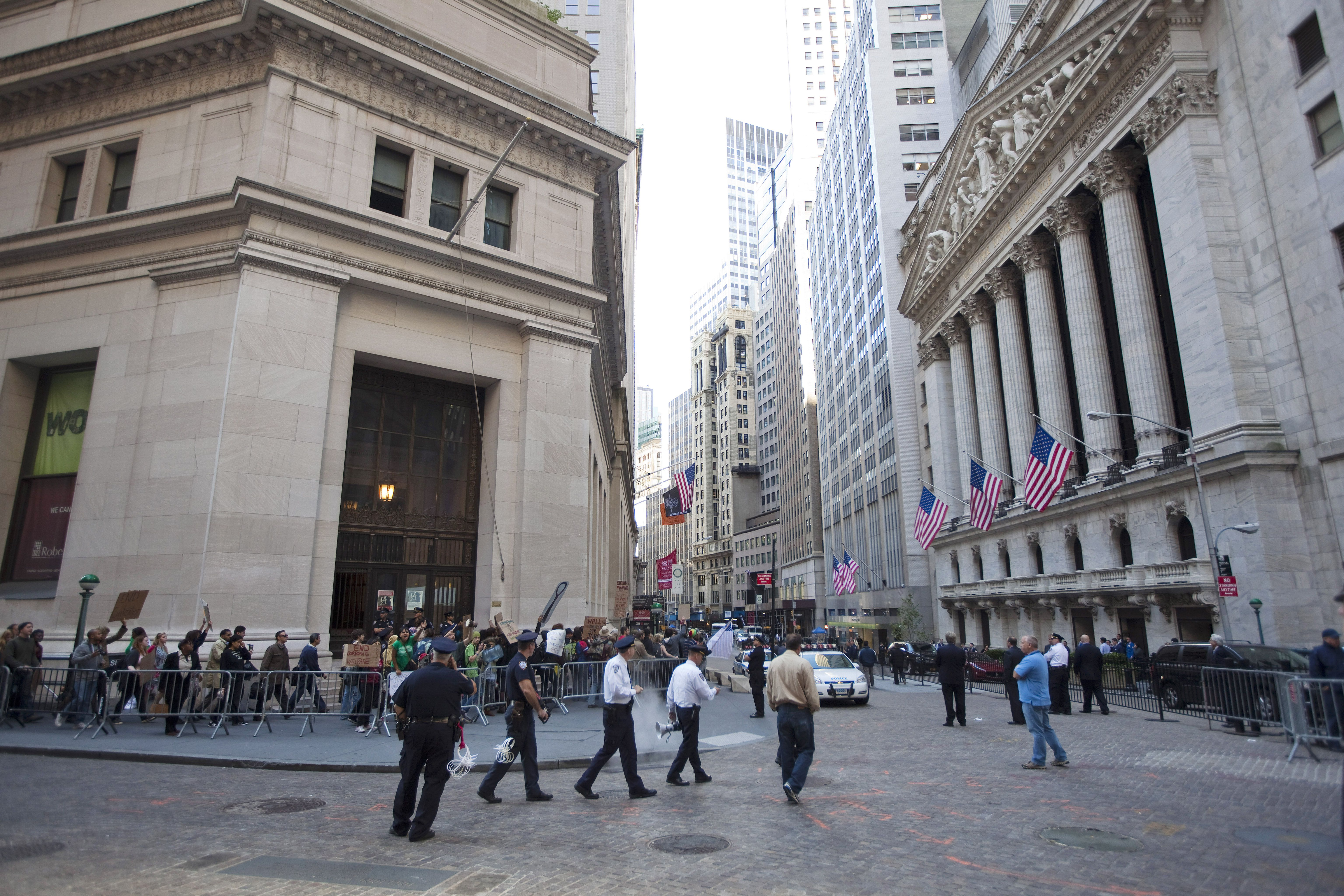 The historic intersection of Broad Street and Wall Street in New York