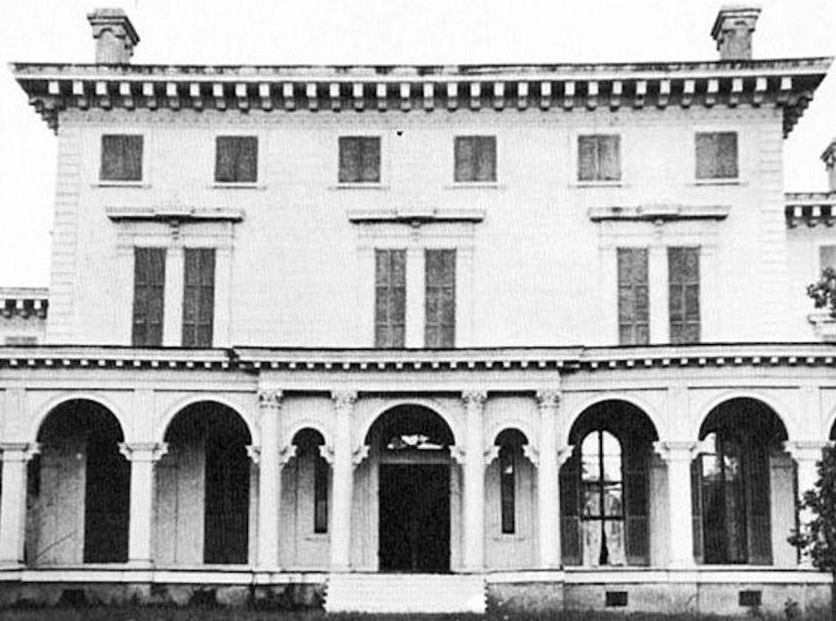 Annandale Plantation mansion