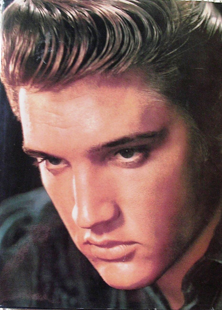 The 10 Best Elvis Presley Books