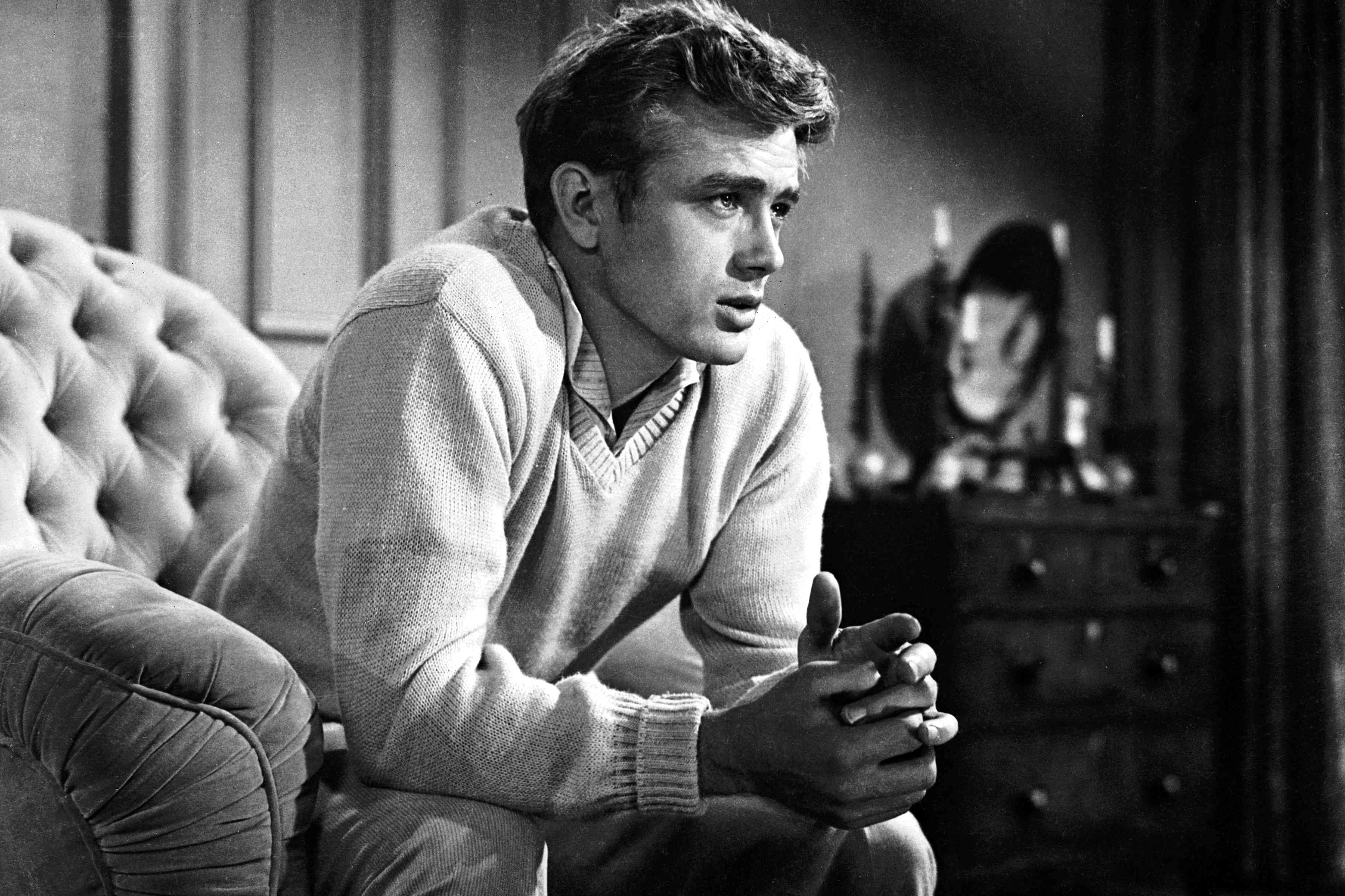 Details of James Dean's Death in a Car Accident