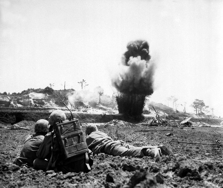 Fighting on Okinawa, 1945