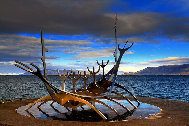 Sólfar (Sun Voyager) sculpture in Reykjavik