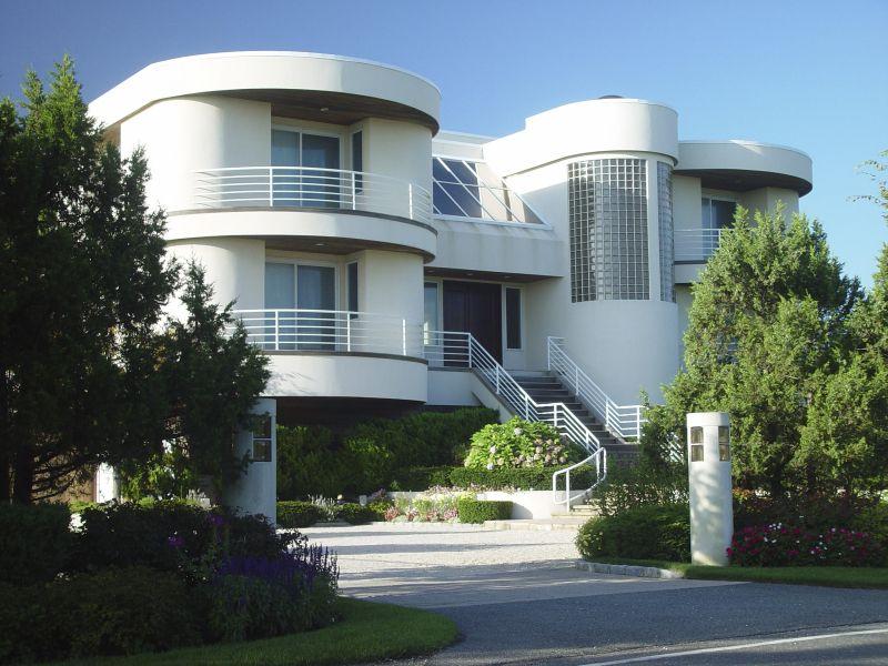 Art Moderne Beach House