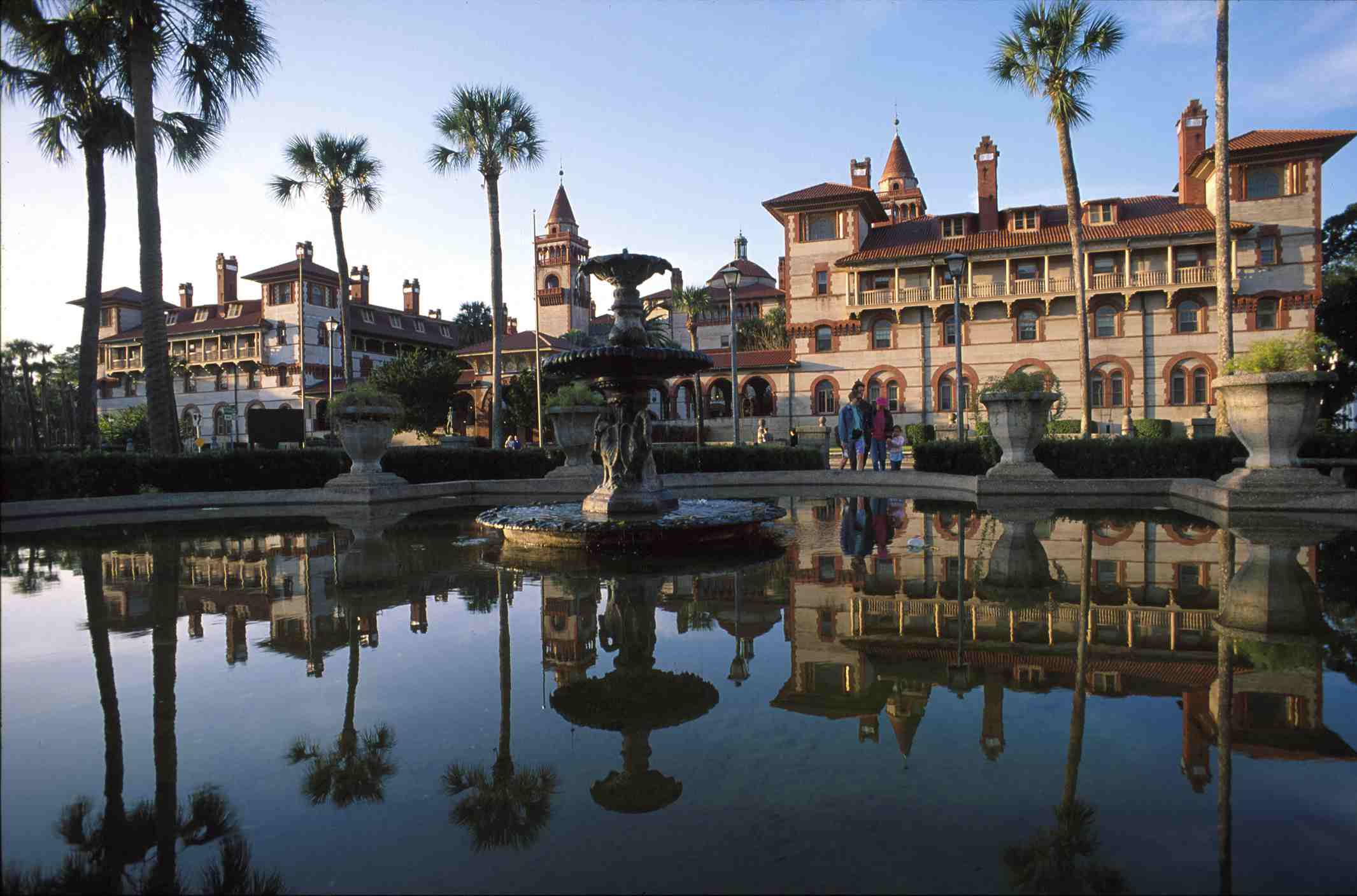 Reflection at the fountain in front of Flagler College