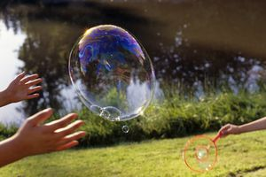 You can make strong bubbles that bounce by adding ingredients to the bubble solution.