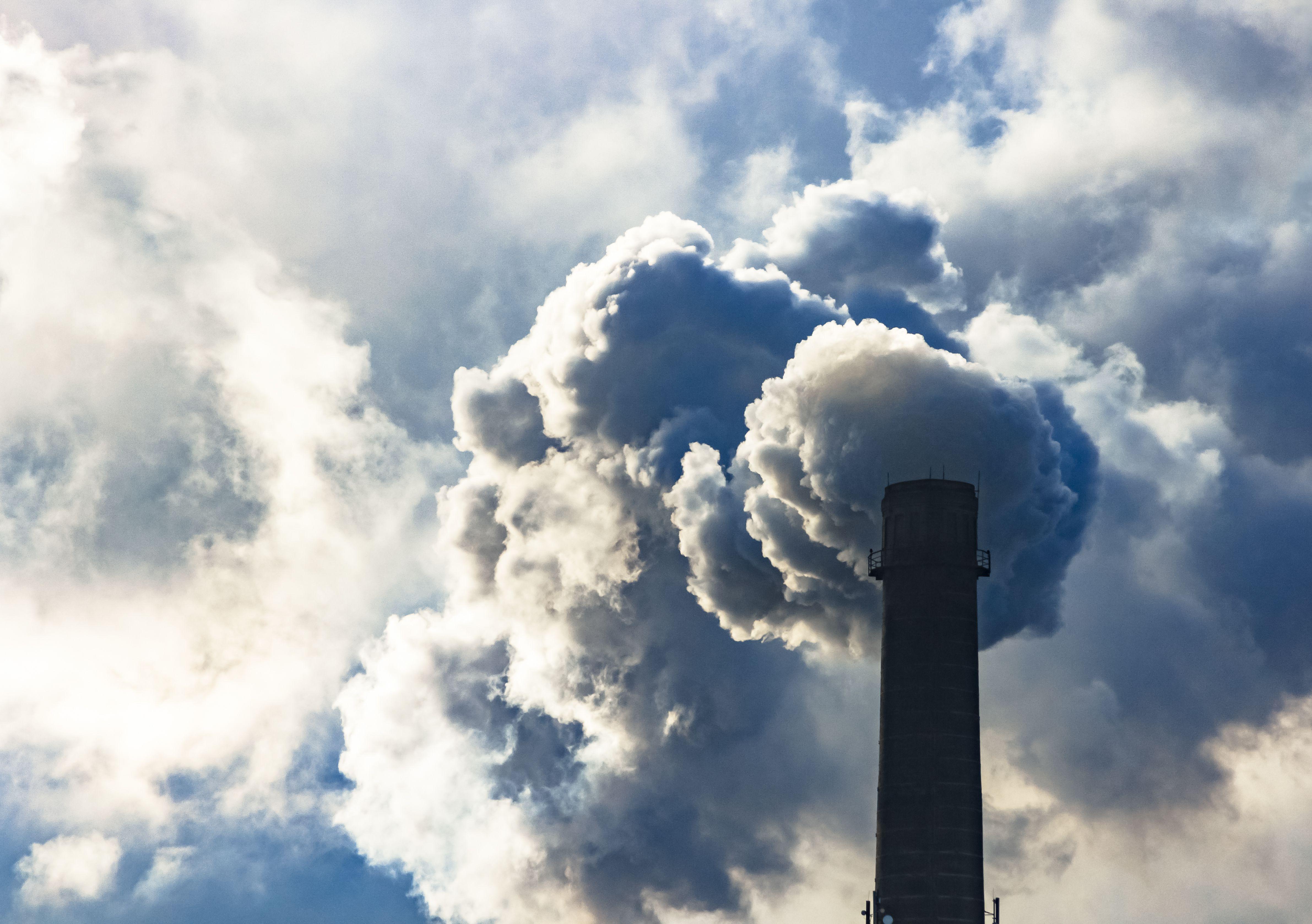 Δηλητηριασμένες εκπομπές από πύργους