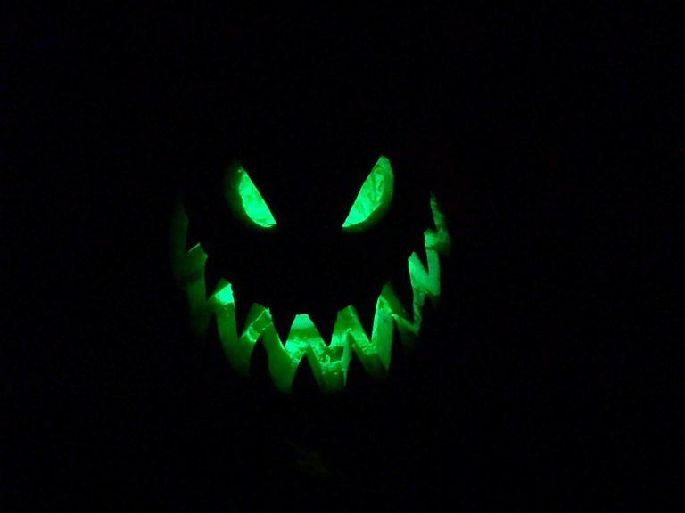 Green fire jack-o-lantern