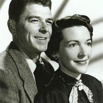 Engagement picture of Ronald Reagan and Nancy Davis.