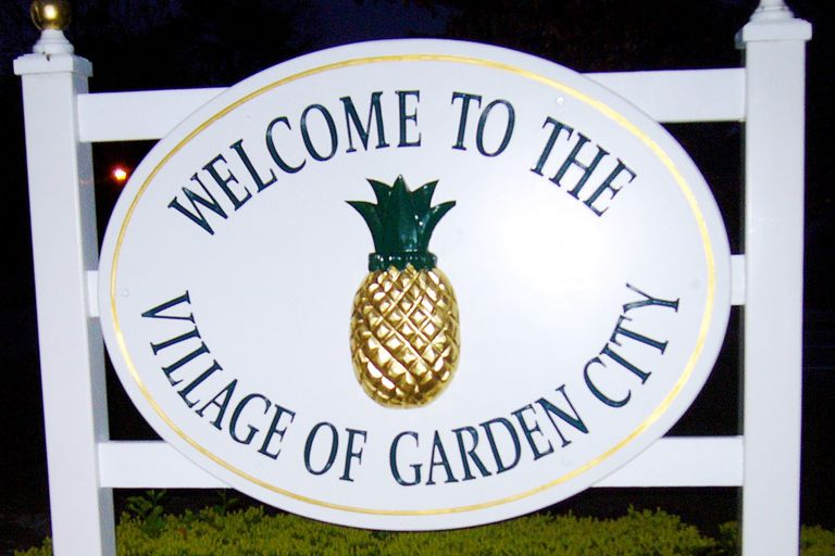 Garden City Welcome Sign