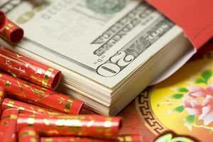 Money in red Chinese envelope