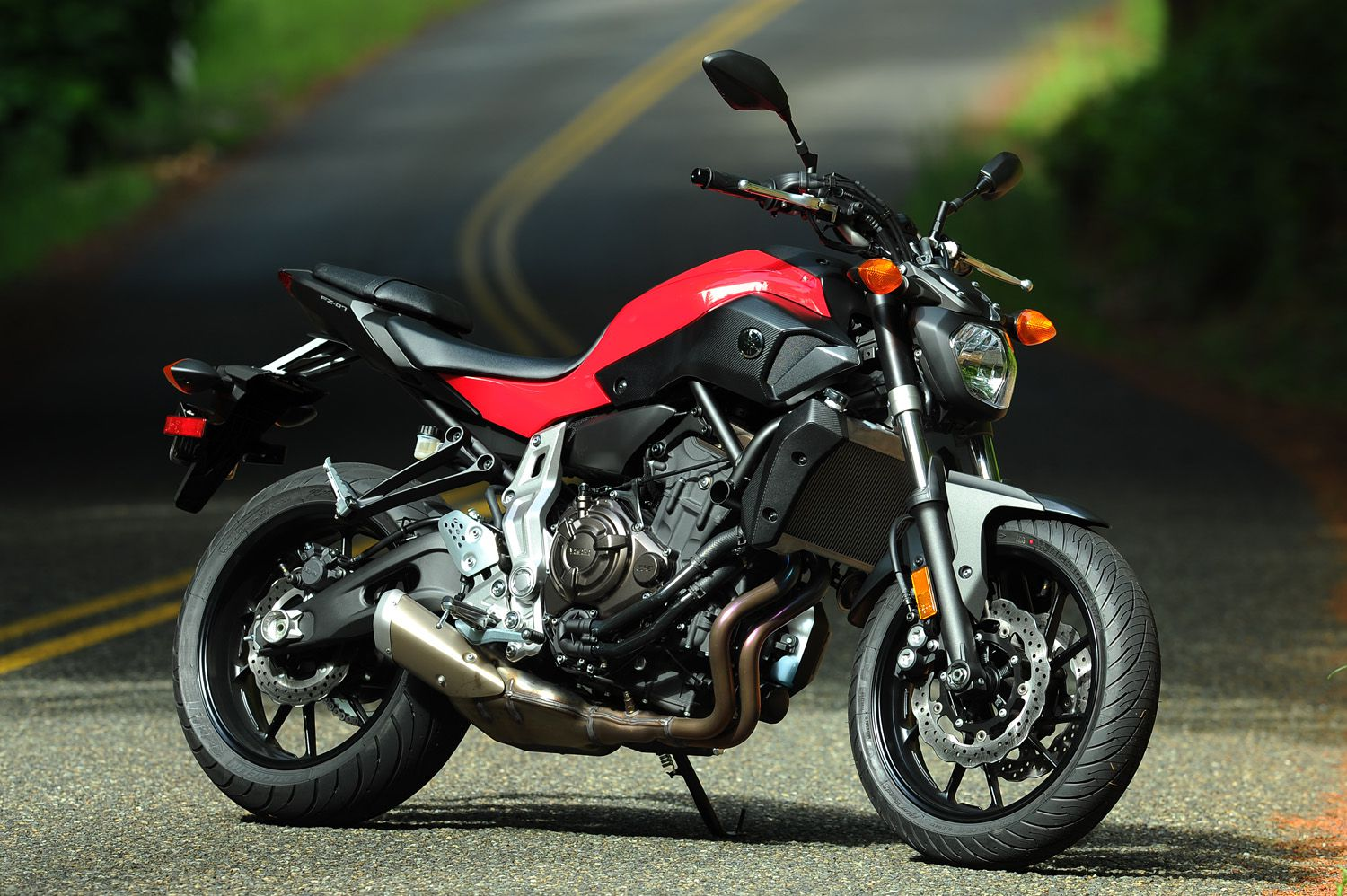 review of literature of yamaha This is my first attempt at a summary of the literature on the braking  three  different motorcycles – a yamaha fj1100 (a sport touring bike with.