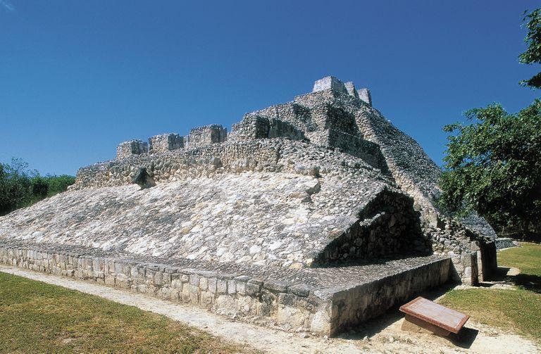 Ballcourt for game of pelota, Archaeological site of Edzna.