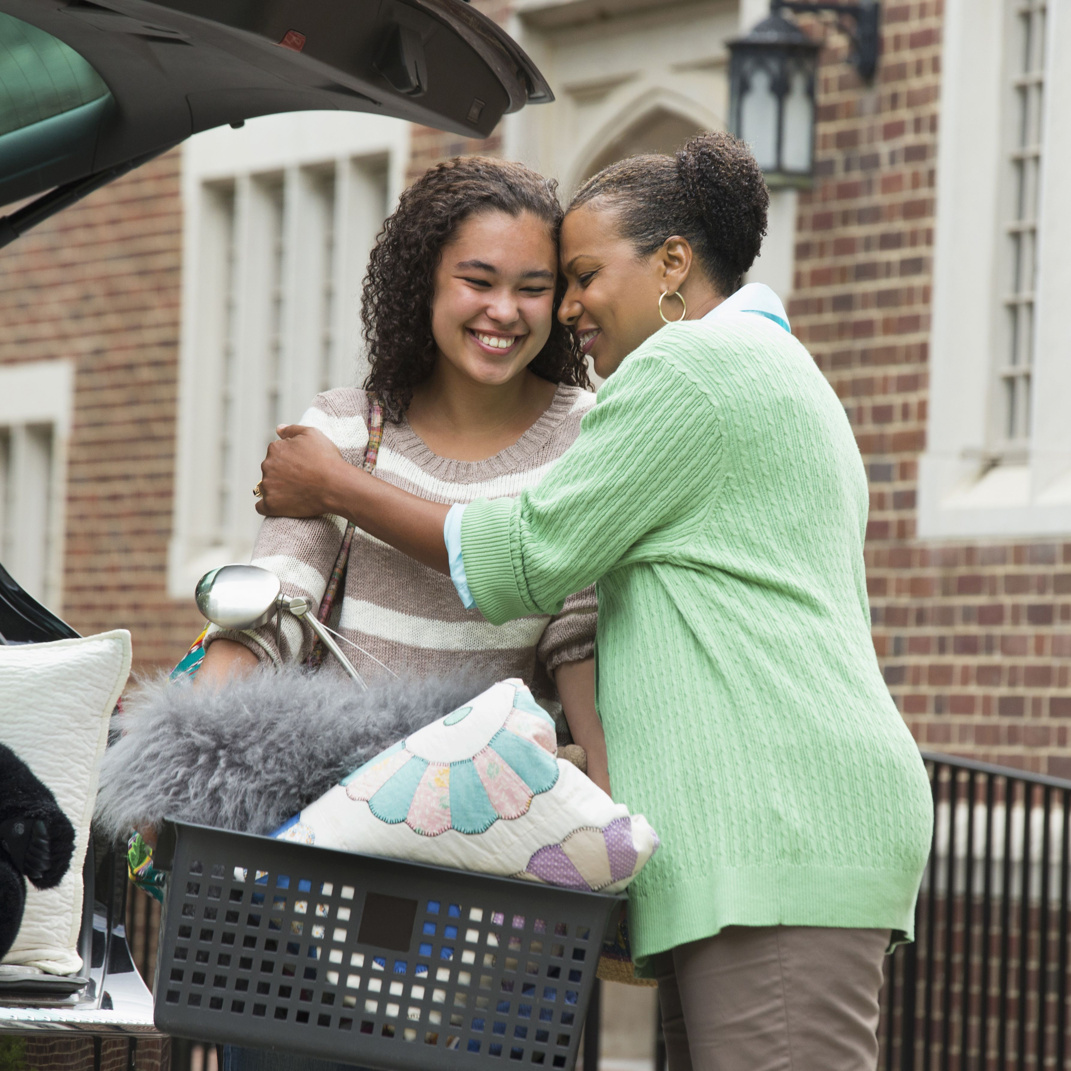 10 Tips for Saying Goodbye to Your College-Bound Child