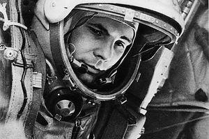 Yuri_Gagarin_node_full_image_2.jpg