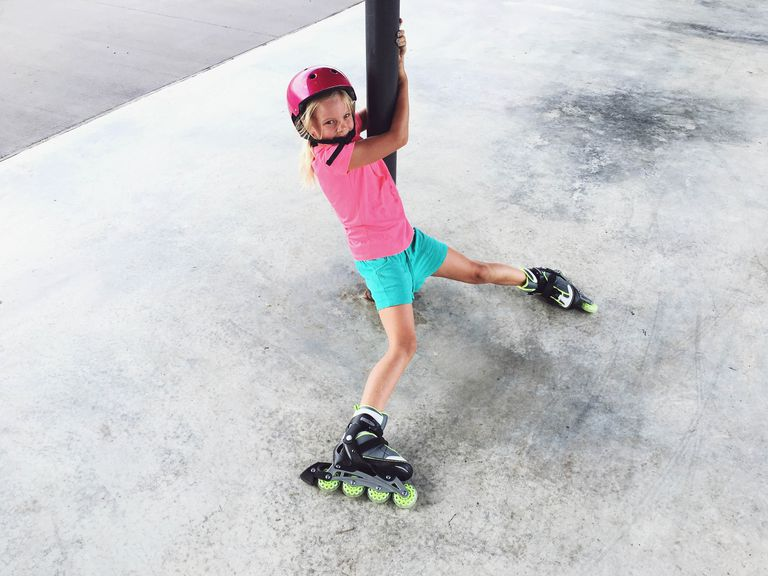 the art of falling in inline skates or rollerblades
