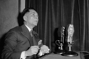 Manuel Quezon broadcasts a radio message to the Philippines from the US, 1937