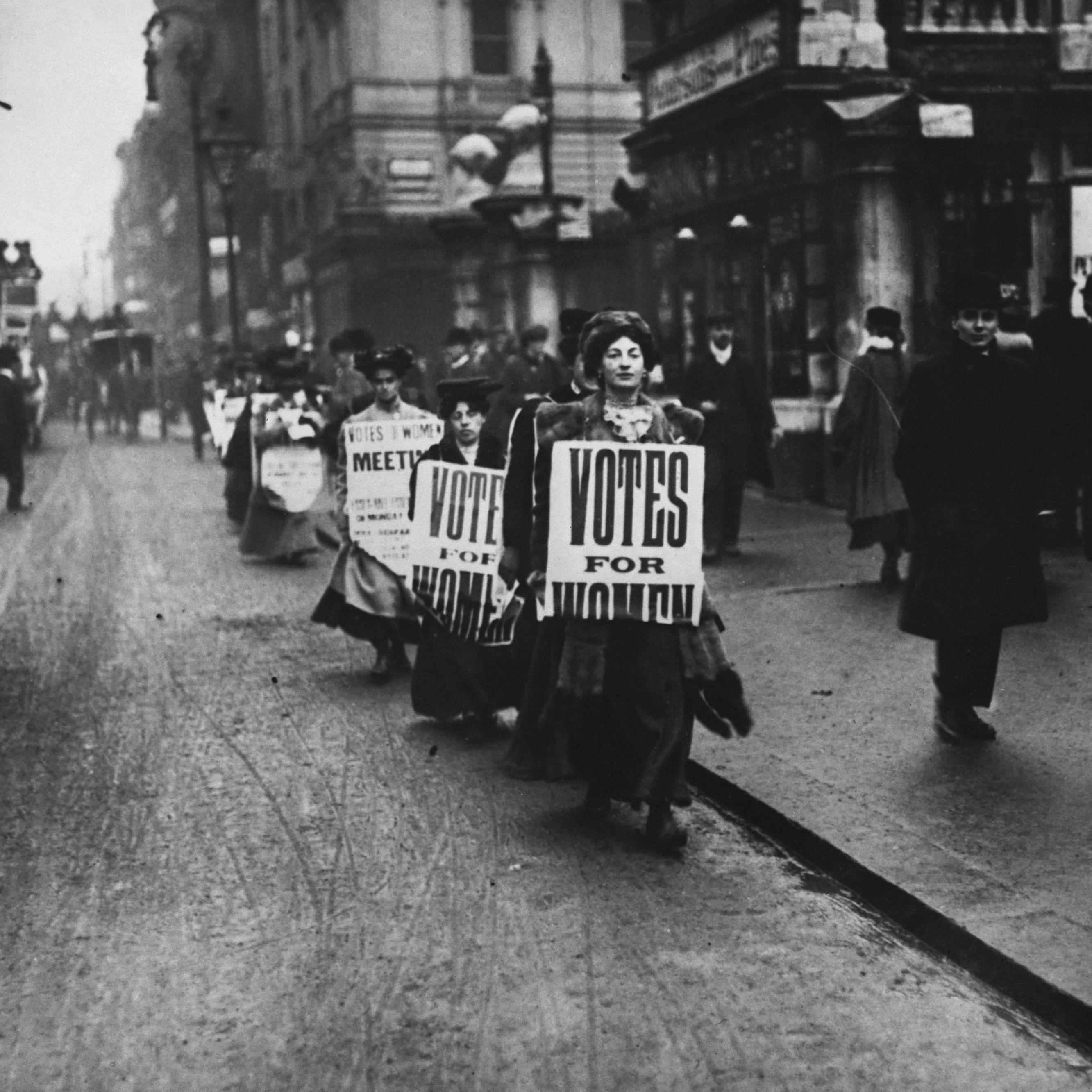 Alice Paul,American Suffragist,Women/'s Rights Activist,Woman Suffrage,1915