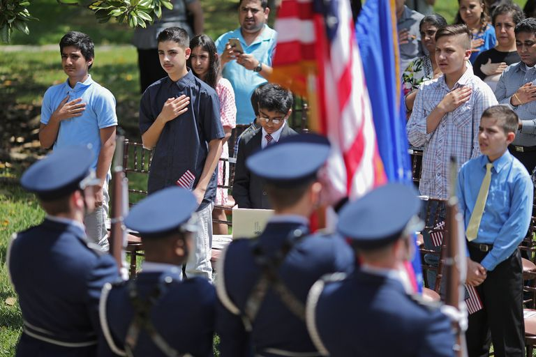 Children being sworn in as US citizens at President Lincoln's Cottage