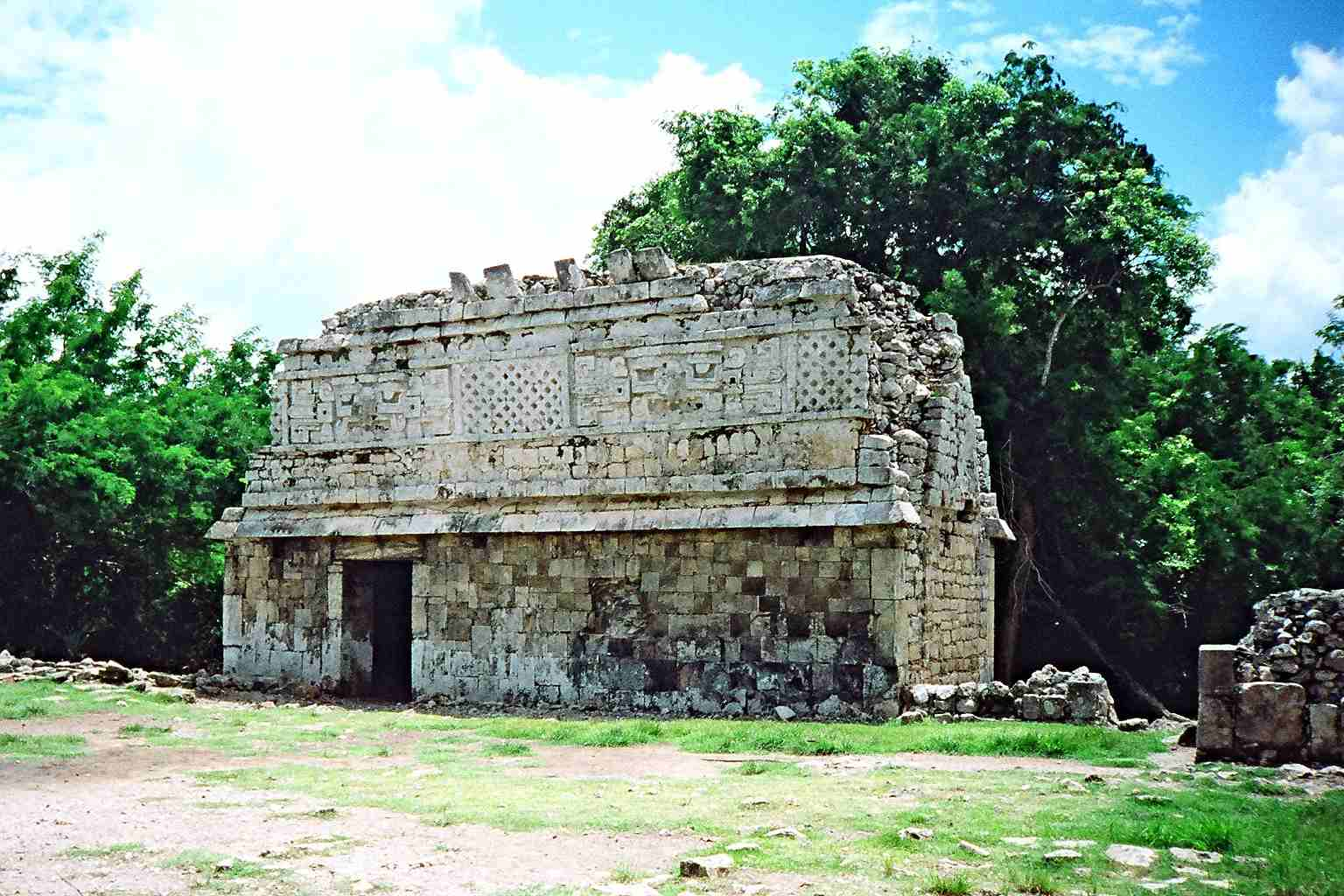 A well preserved Maya house in the Puuc style at Chichén Itzá