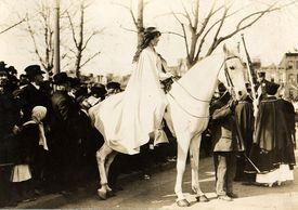 Inez Milholland Boissevain at NAWSA parade