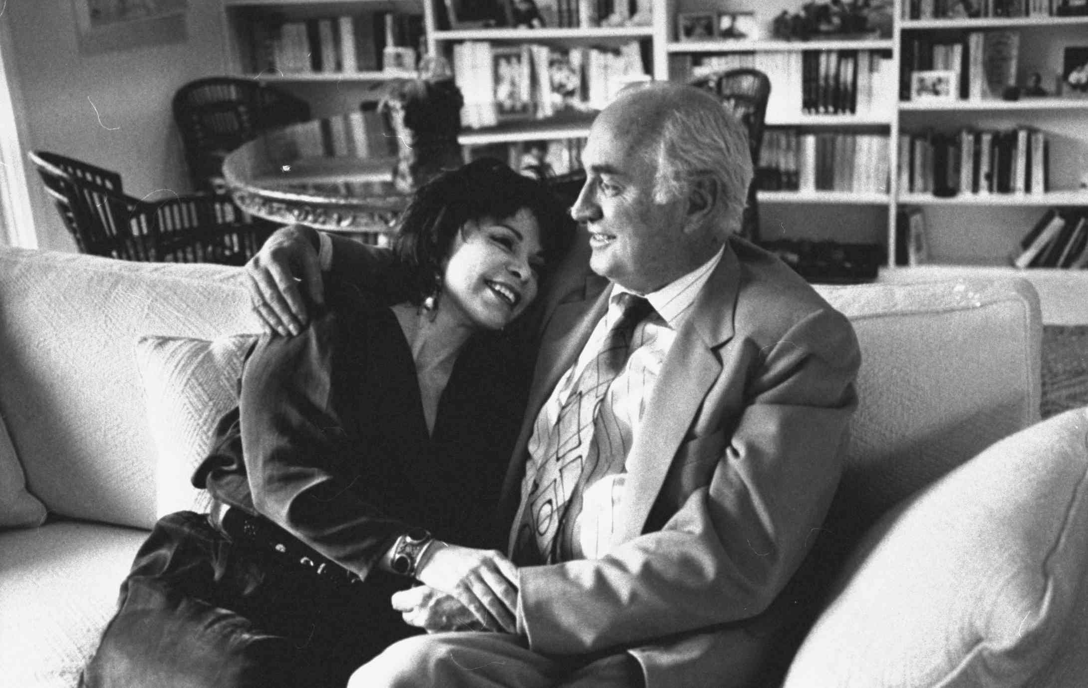 Author Isabel Allende and husband William Gordon