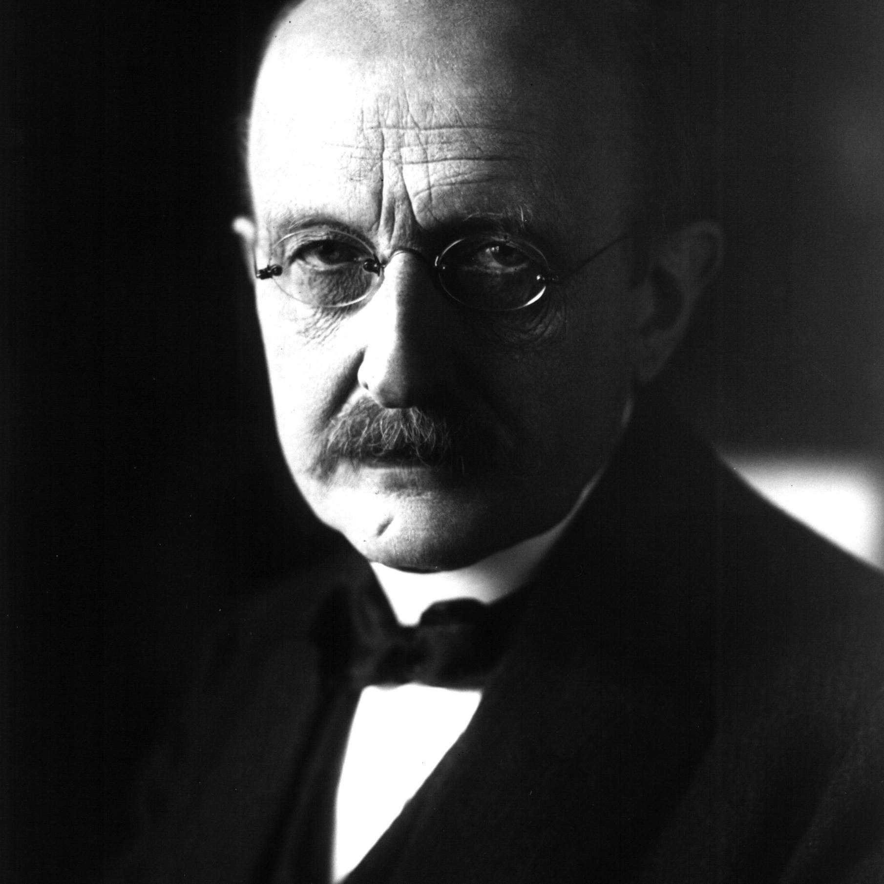 Black and white photograph of Max Planck.