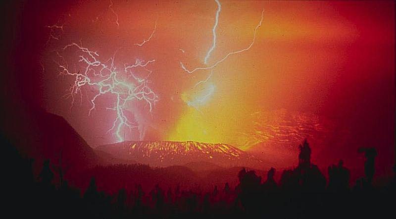 1982 eruption of Galunggung, Indonesia, accompanied by lightning strikes.