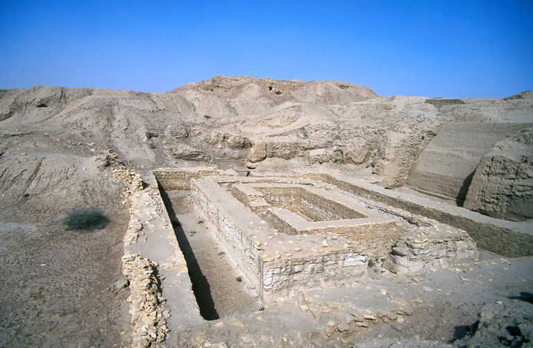 Ruins of the Bit Resh temple in the ancienct Sumar city, Uruk