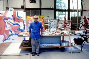 Willem de Kooning in studio