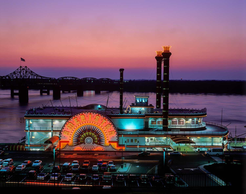 River boat casino on Mississippi river