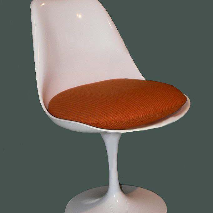 The Tulip Chair designed by Eero Saarinen