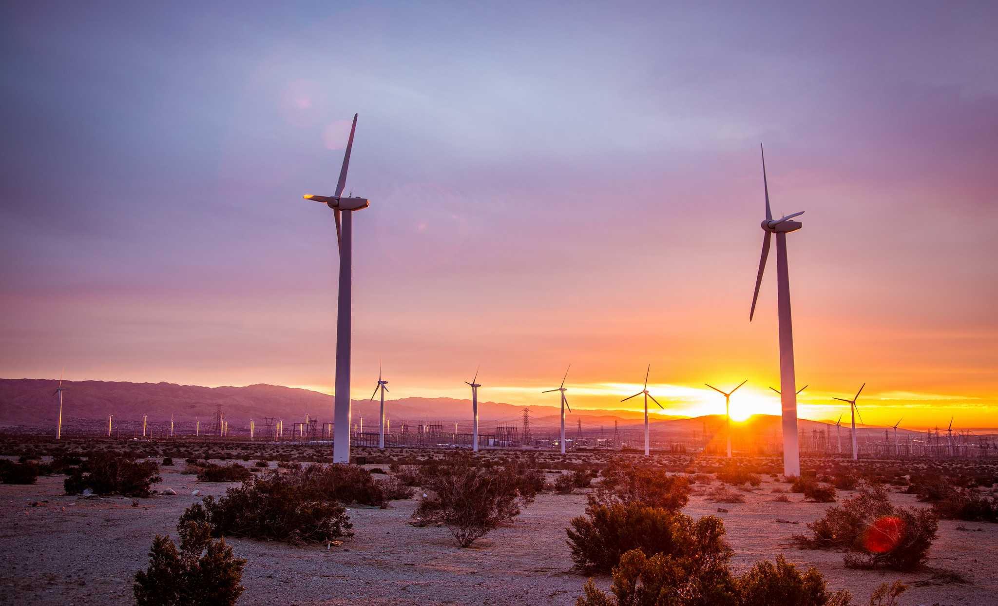 Energy windmills similar to Ochoa's windmill patent