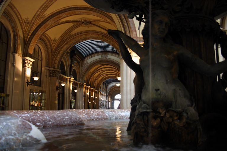 Renaissance-style shopping center