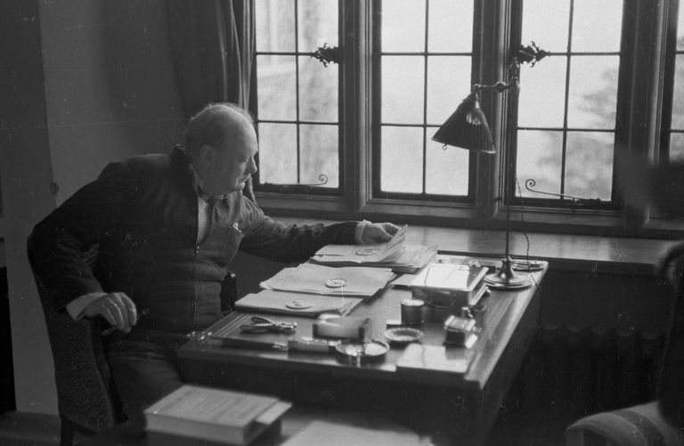 Winston Churchill - tetracolon