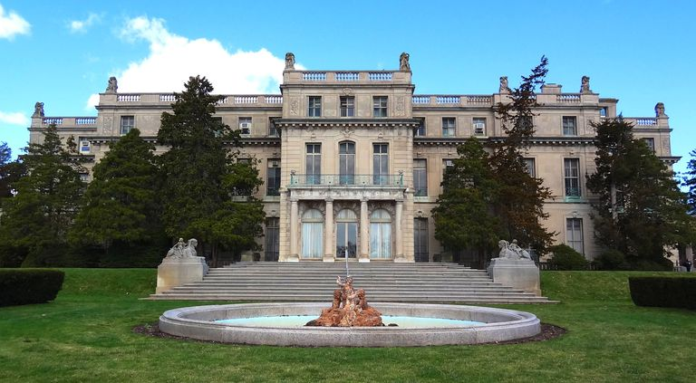 Woodrow Wilson Hall at Monmouth University