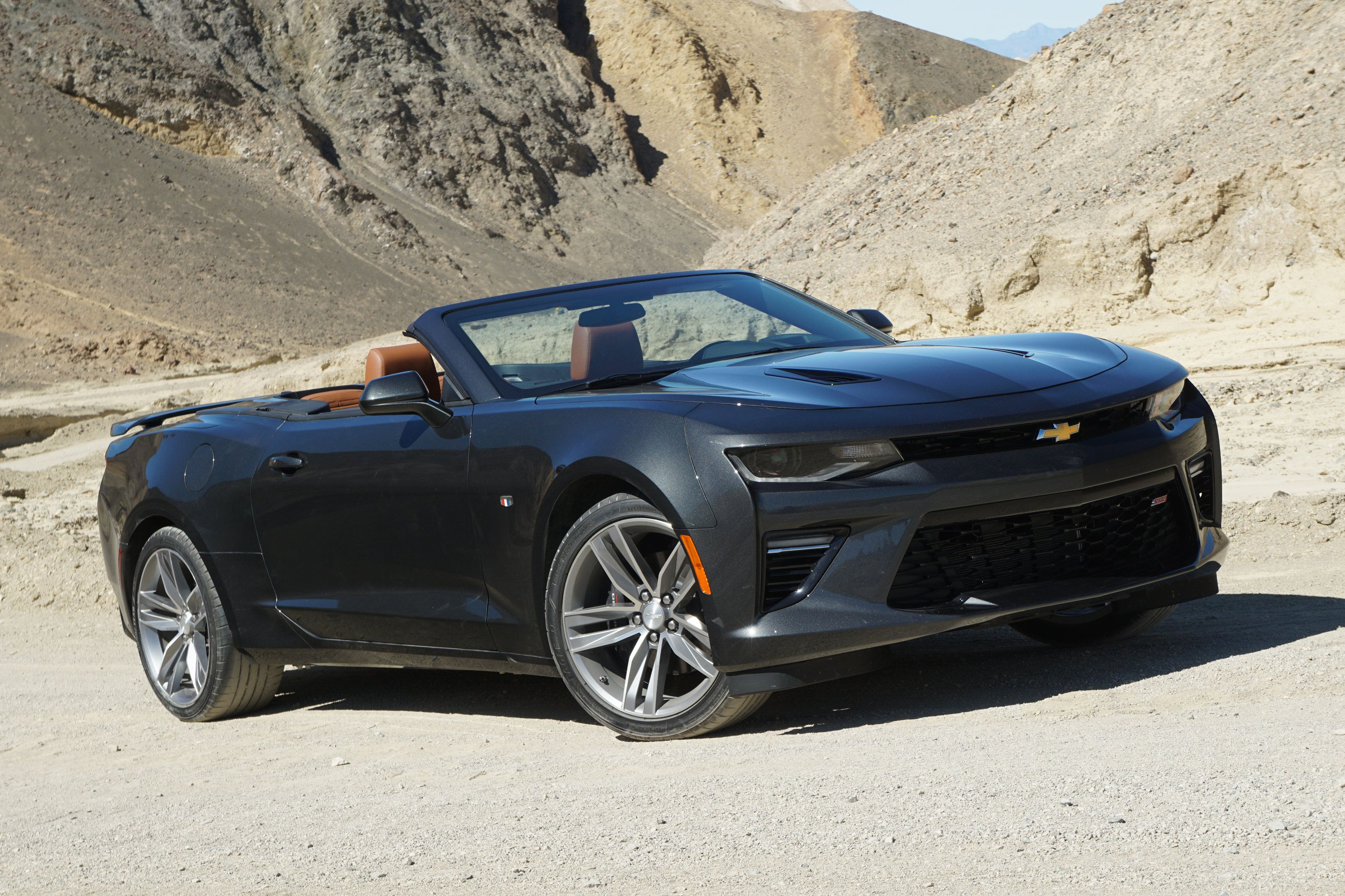 2016 Chevrolet Camaro Convertible photo tour