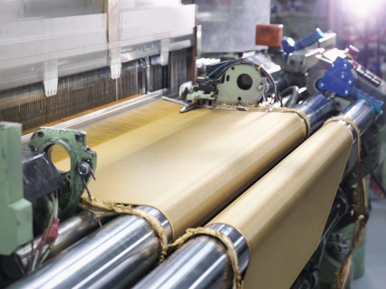 Loom weaving kevlar fabric in carbon fibre factory